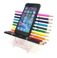 כיסא עפרונות צבעוניים